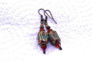 Boucles d'oreilles en perles du Tibet - Collection Casamance