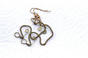 Boucles d'oreilles travaillées au fil doré - Collection Gozo