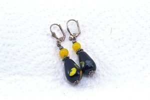 Boucles d'oreilles noires en verre - Collection Jaisalmer