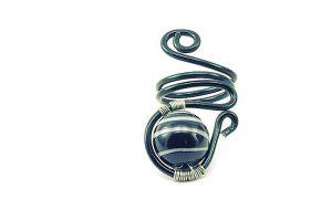 Bague perle et fil d'alu noirs- Collection Agathe