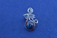 Bague avec perle noire et fil d'alu - Collection Agathe