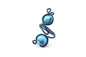 Bague avec perle et fil d'alu bleus- Collection Agathe