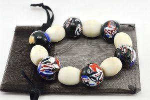 Bracelet en perles Millefiori noires - Collection Passaïa