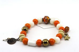 Bracelet en perles orange et blanc - Collection Siruya