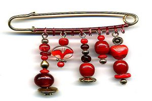 Broche en plusieurs tons de rouge - Collection Tarentelle