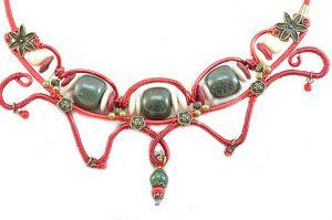 Collier travaillé au fil et jade - Collection Chrysalide