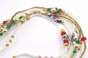Collier sautoir blanc en 3 rangs - Collection Memphis