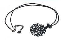 Collier en perles et pendentif noir - Collection Sidarta