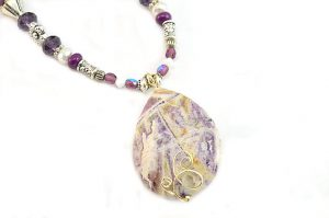 Collier violet et blanc - Collection Sidarta