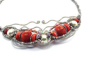 Collier torsadé en perles corail - Collection Tiznit