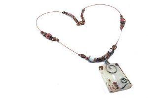 Collier avec pendentif en Agate - Collection Valentino