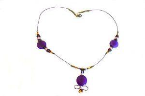Collier en fil avec pendentif violet - Collection Valentino