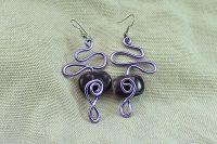 Boucles d'oreilles fil en alu aux 2 violets - Collection Gozo