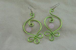 Boucles d'oreilles fil d'alu vert clair - Collection Gozo