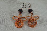 Boucles d'oreilles fil en alu orange- Collection Gozo