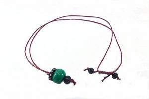 Pendentif avec perle verte en porcelaine - Collection Epernay