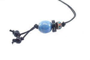 Pendentif avec perle bleue en porcelaine - Collection Epernay