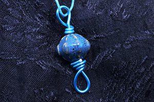 Pendentif en porcelaine bleue - Collection Sydney