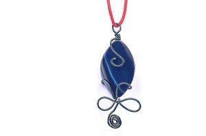 Pendentif en agate bleue et aluminium - Collection Sydney