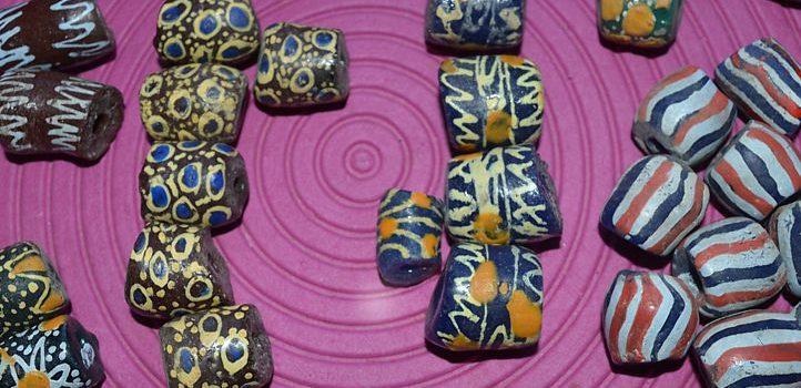Quelques infos sur : Les perles Krobo du Ghana