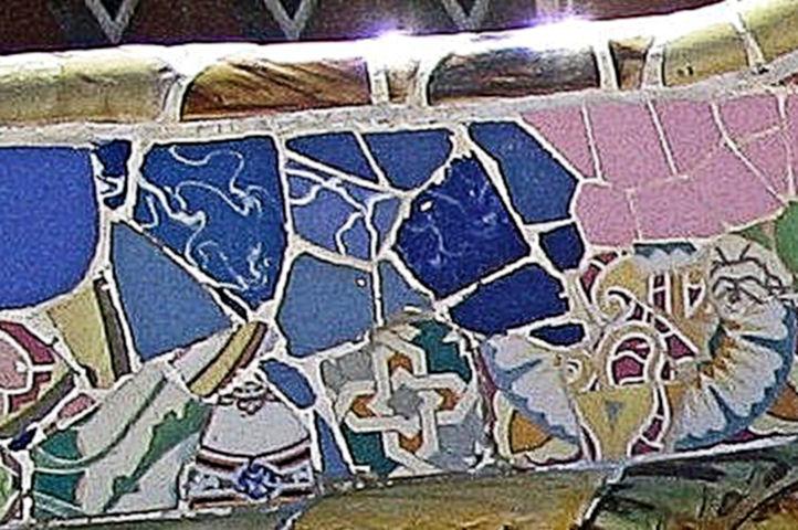 Ensemble de mosaïques - Parc Guëll - Barcelone