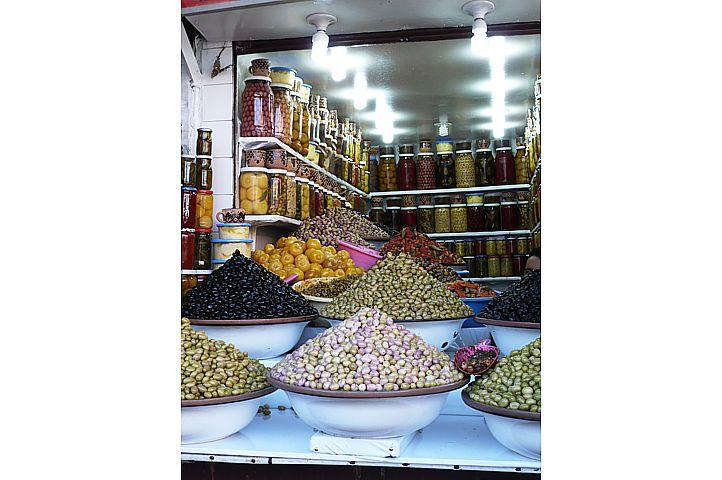 Une multitude d'olives - Marrakech.1