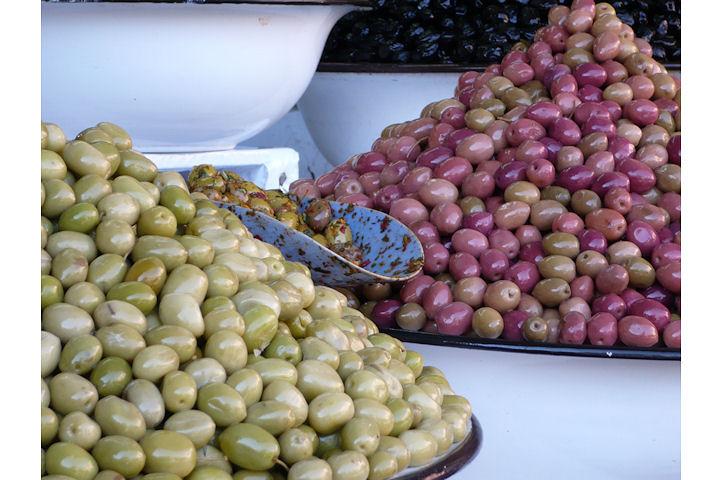 Une multitude d'olives - Marrakech.4